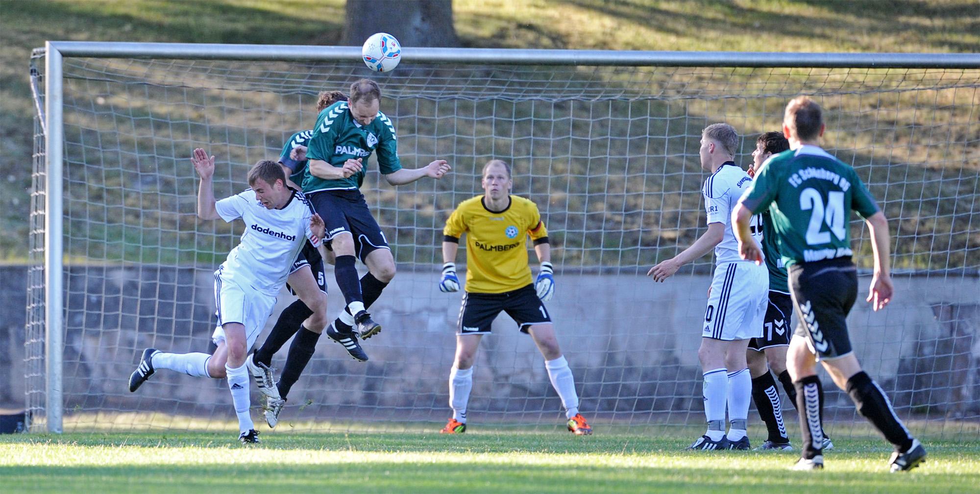 Unser Trainer Thomas Manthey stand im Landespokalfinale 2012 noch als Spieler auf dem Platz.