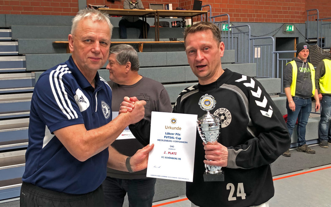 Ü40-Team wird Futsal-Vizelandesmeister