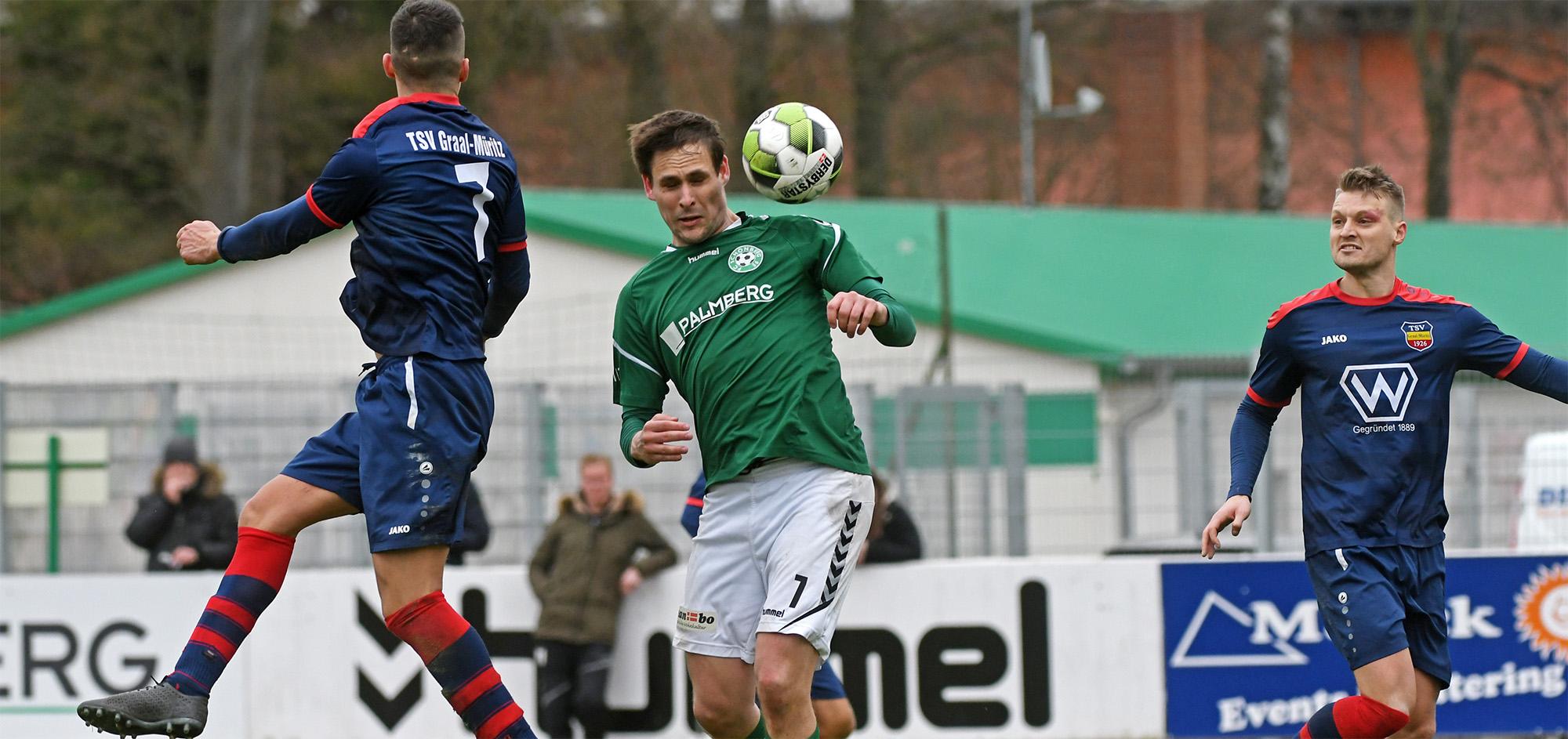 Hannes Komoss leitete mit seinem Kopfball in der 86. Minute die Wende im Spiel ein.