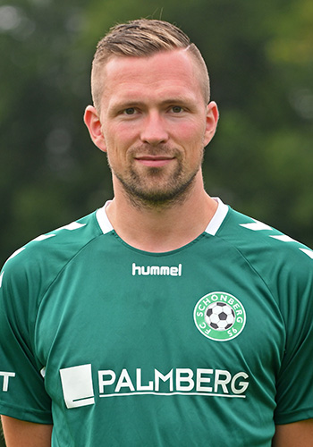 27 Timo Poch