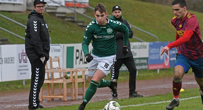 Nach einem Kurzeinsatz im Pokal war Felix Kaben nach seiner Verletzung heute auch in der Liga erstmalig wieder auf dem Platz.